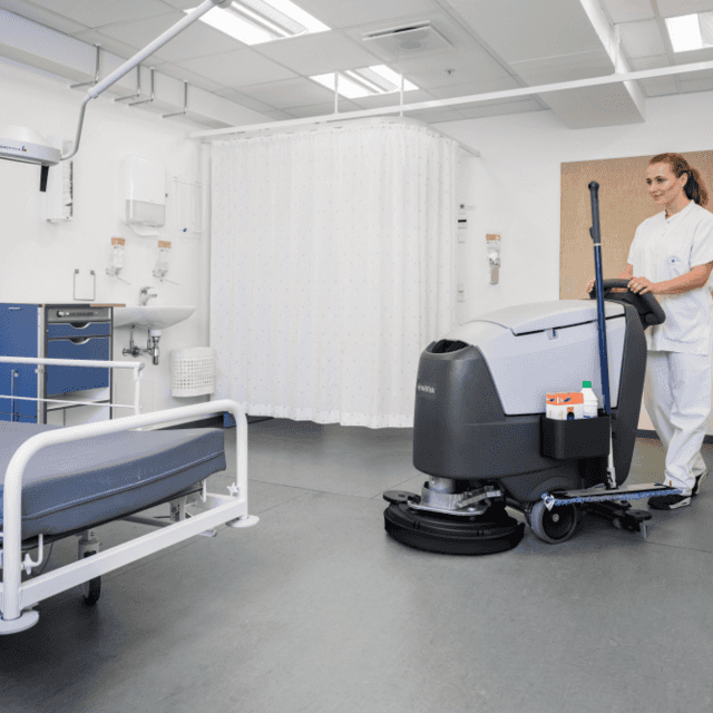 Nilfisk SC500 cleaning hospital