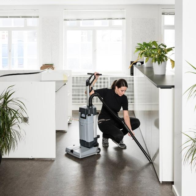 Nilfisk SC100 Cleaning Office